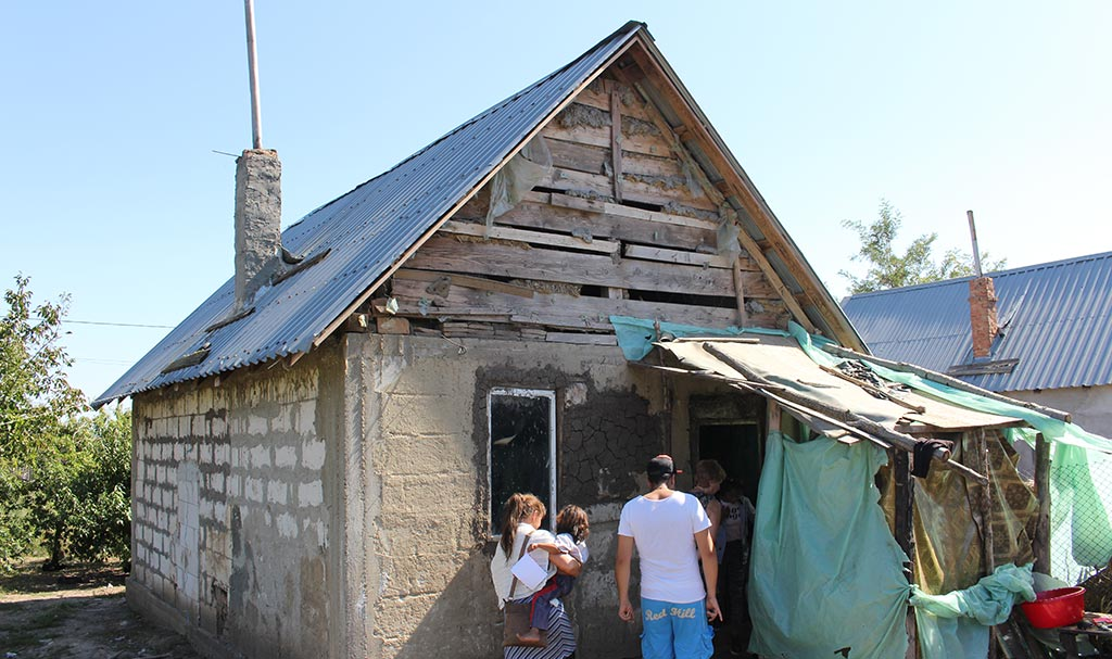 Utsiden av huset før oppussing.